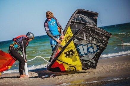 Nauka surfowania na kite