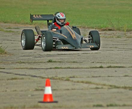 Testy jazdy na torze: Ferrari, Formuła Jedi i Lotus