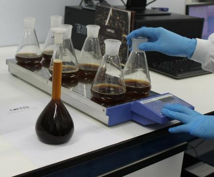Test pozwoli wykryć podrobioną Whisky