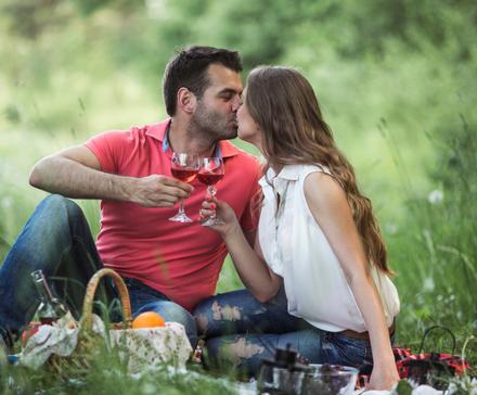 Podboje we dwoje - pomysły na wiosenne zaręczyny