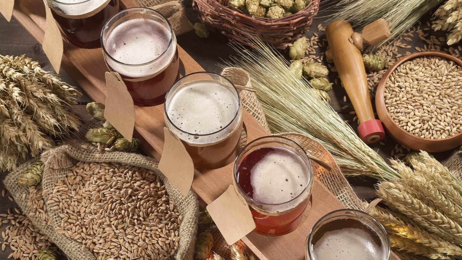 Degustacja piwa jako pomysł na prezent na urodziny dla mężczyzny