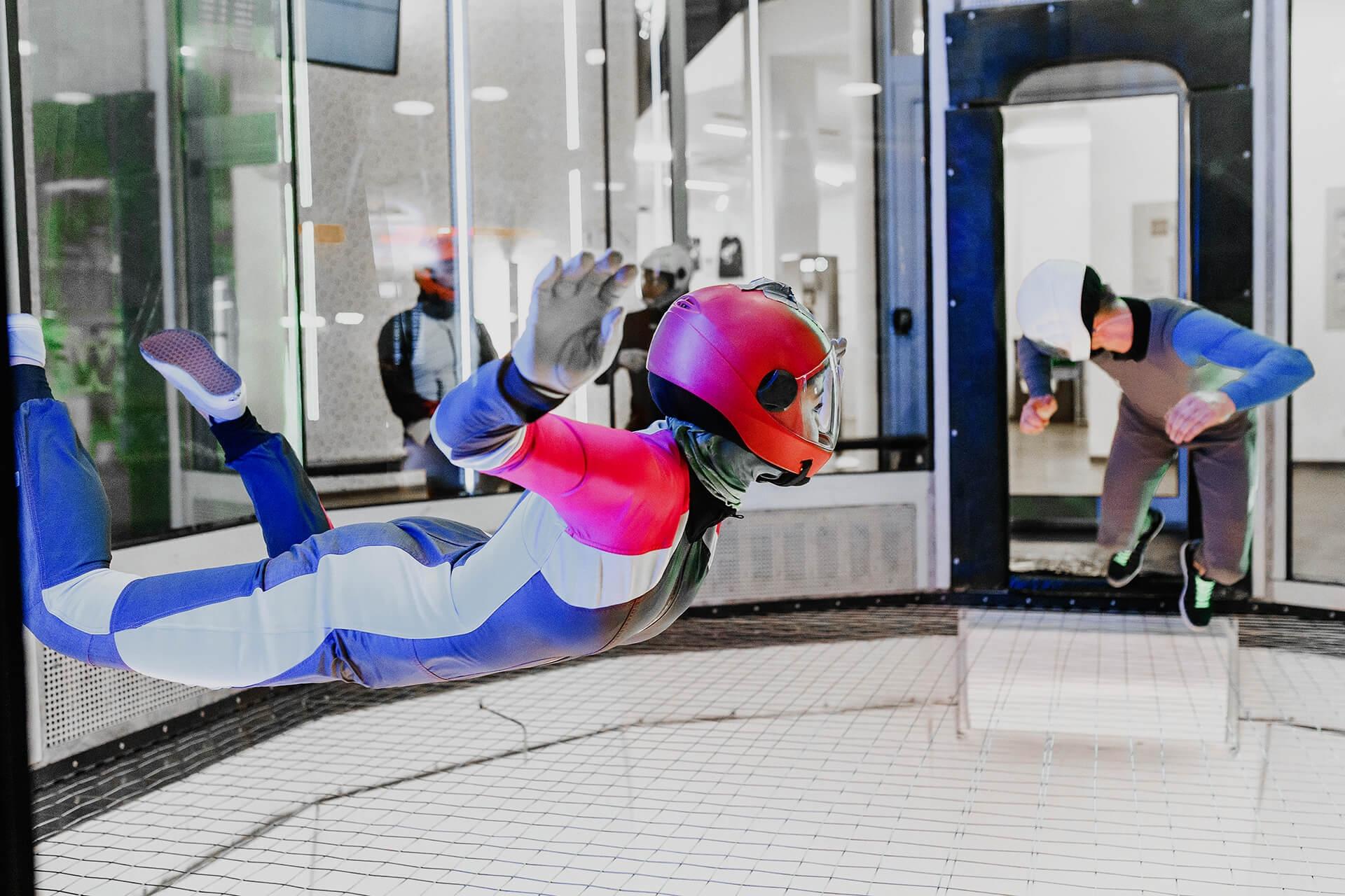 Lot w tunelu aerodynamicznym