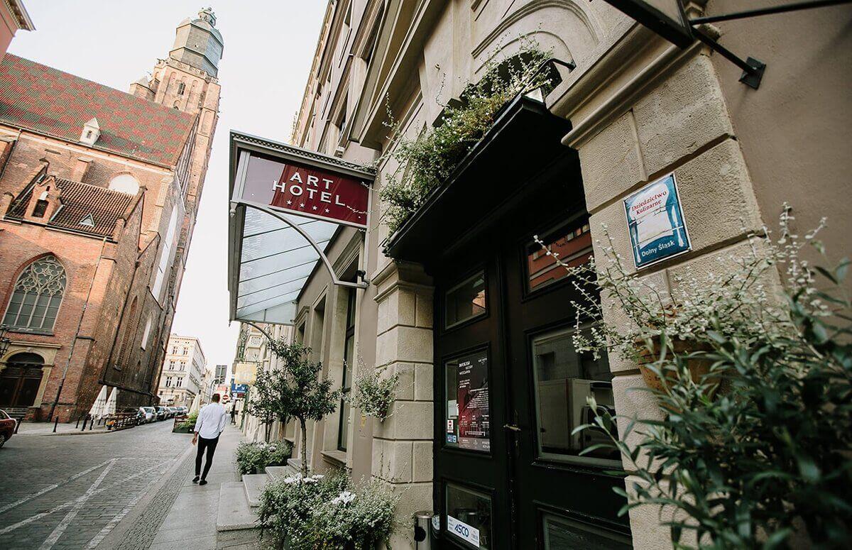 Art Restauracja znajduje się tuż przy Wrocławskim Rynku