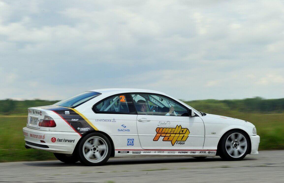 Siądź za kierownicą BMW M3