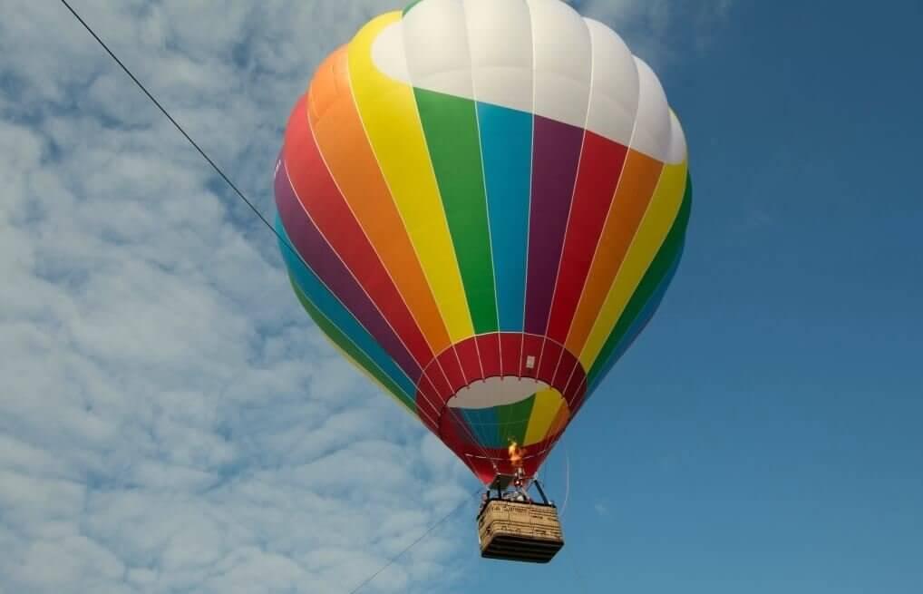 Lot widokowy balonem w Karkonoszach