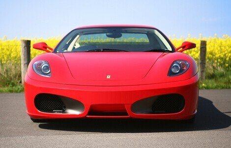 Poznańskie Ferrari na torze