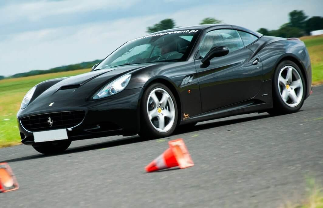 Warszawa - jazda Ferrari