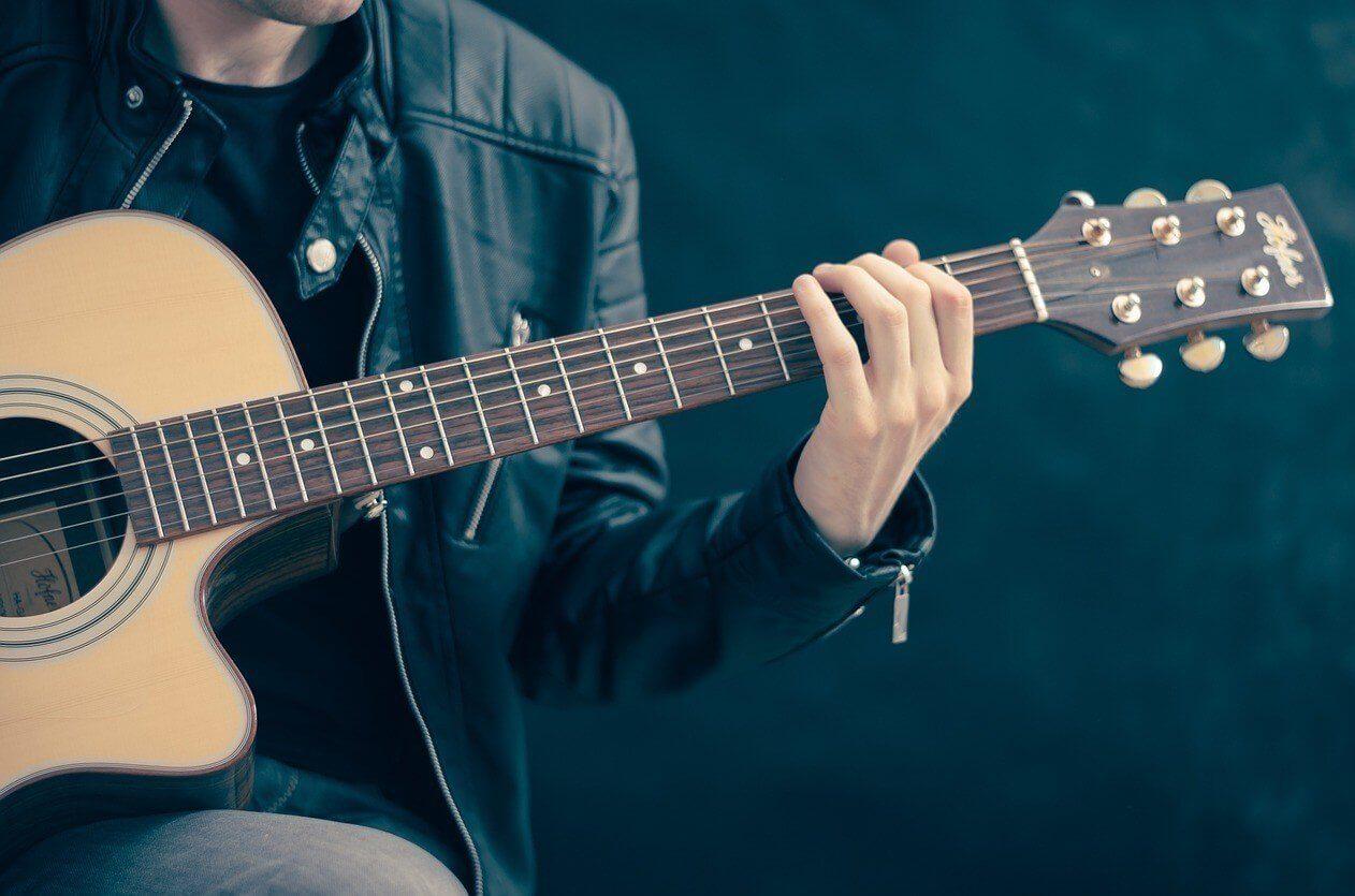 Nauka gry na gitarze - Warszawa