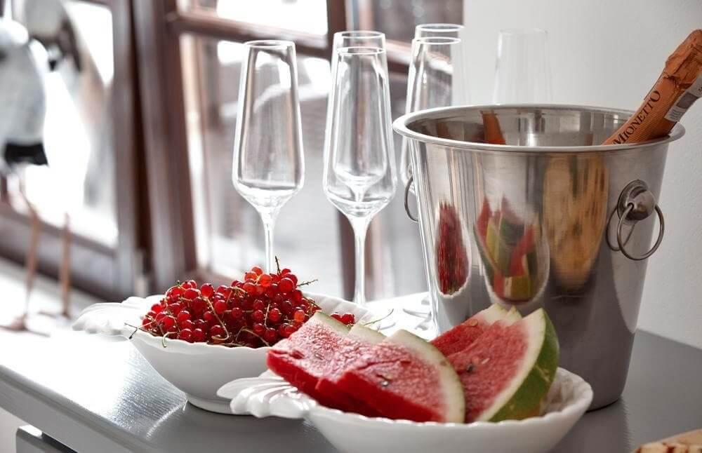 Smakowite śniadanie podczas romantycznego pobytu na Mazurach