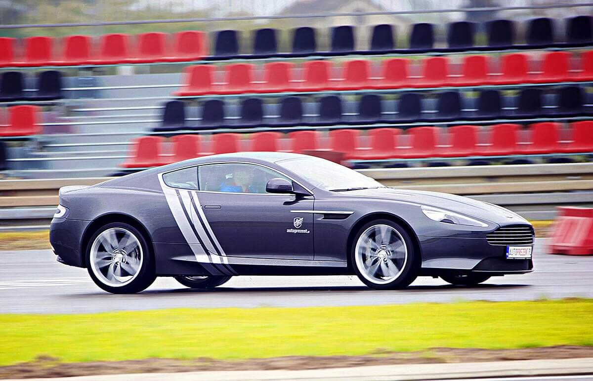 Jazda Aston Martin DB9 na torze
