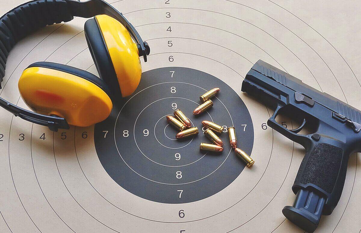 Lekcja strzelania z broni palnej
