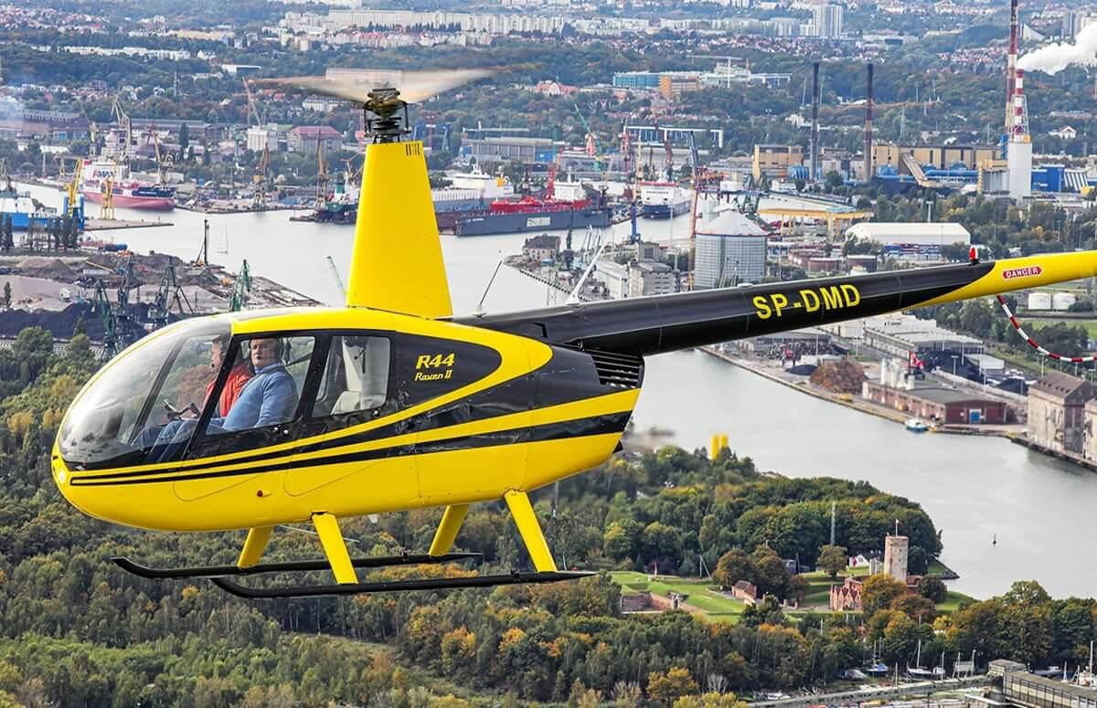 Przelot helikopterem na Stocznią Gdańską