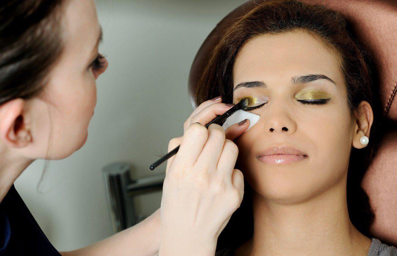 Ekskluzywna sesja dla Niej z makijażem i stylizacją