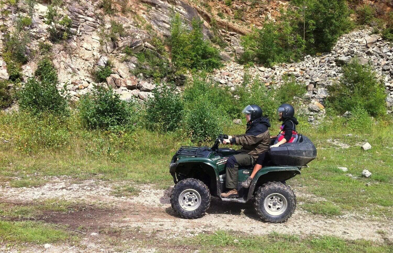 Jazda quadami w górach dla 2 osób