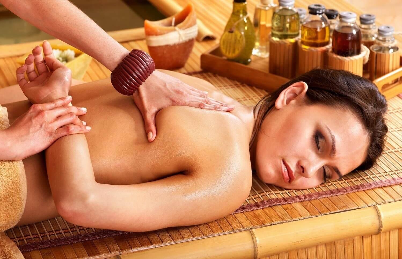 Masaż tajski olejkami