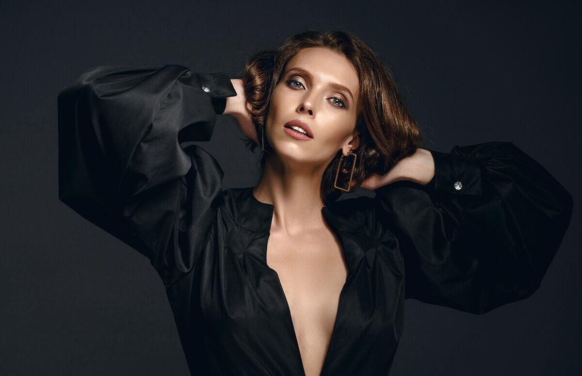 Sesja fotograficzna glamour lub fashion