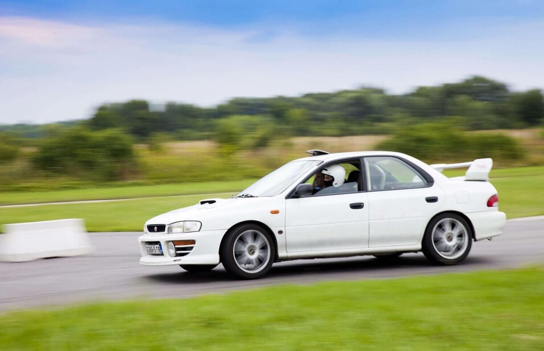 Ekstremalna jazda Subaru na torze