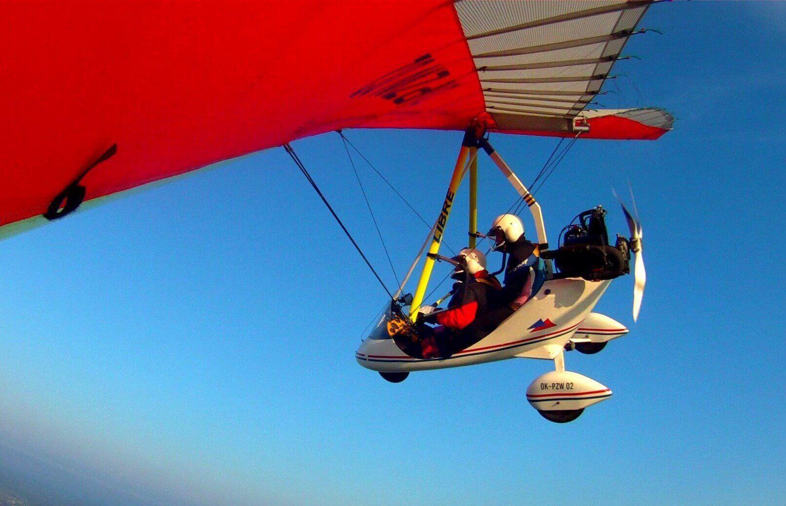 Lot motolotnią w tandemie wraz z filmem z lotu