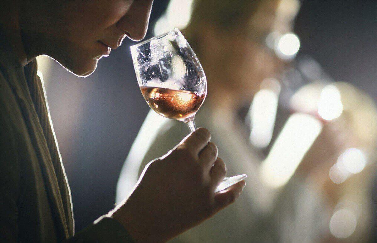 Degustowanie wina we dwoje