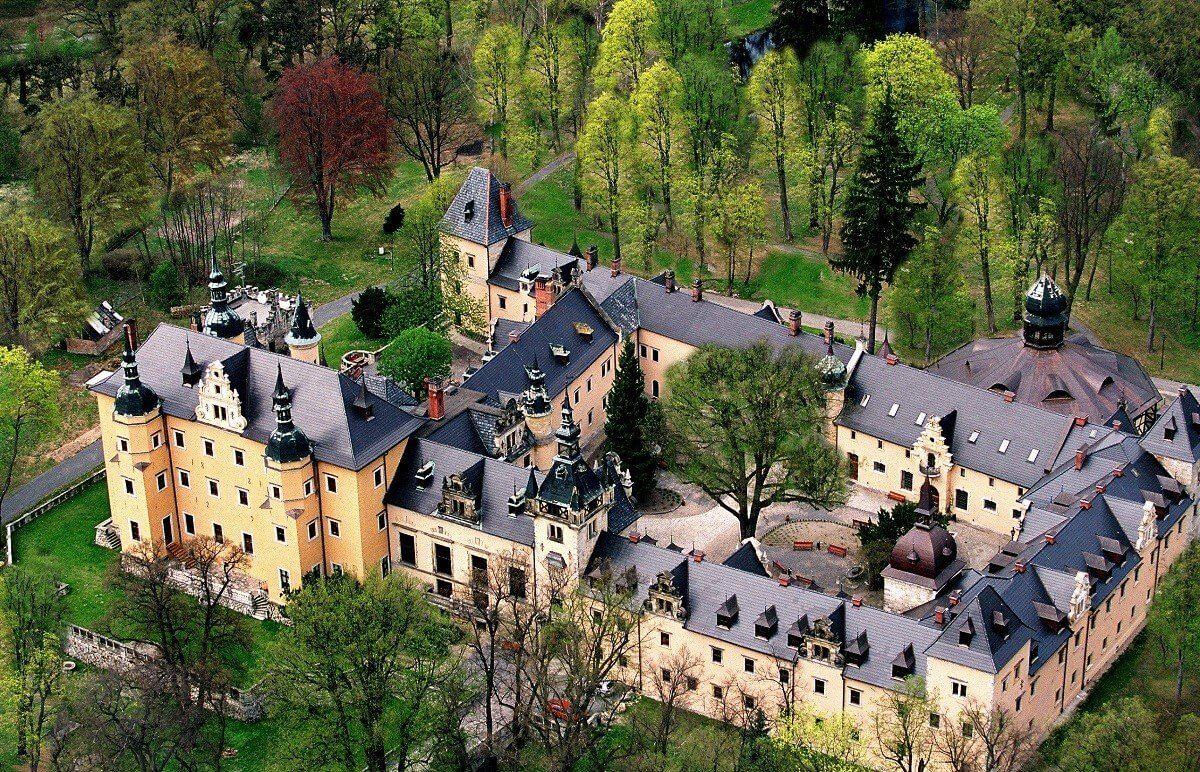 Zamek Kliczków weekend z jazdą konną