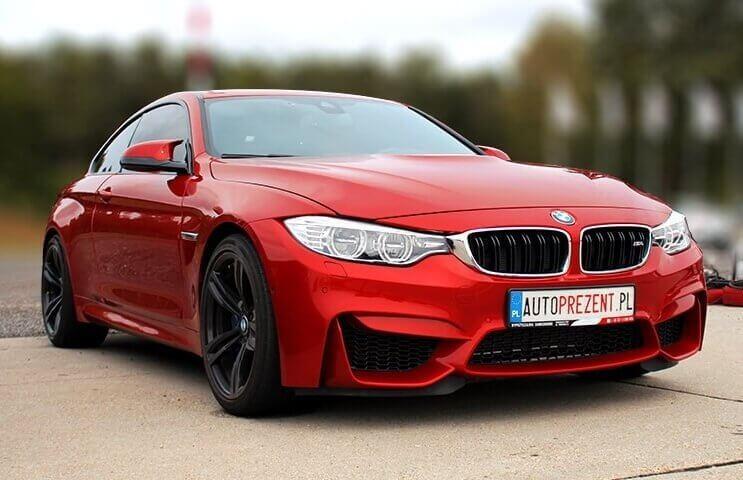 Jazda BMW M4 na torze