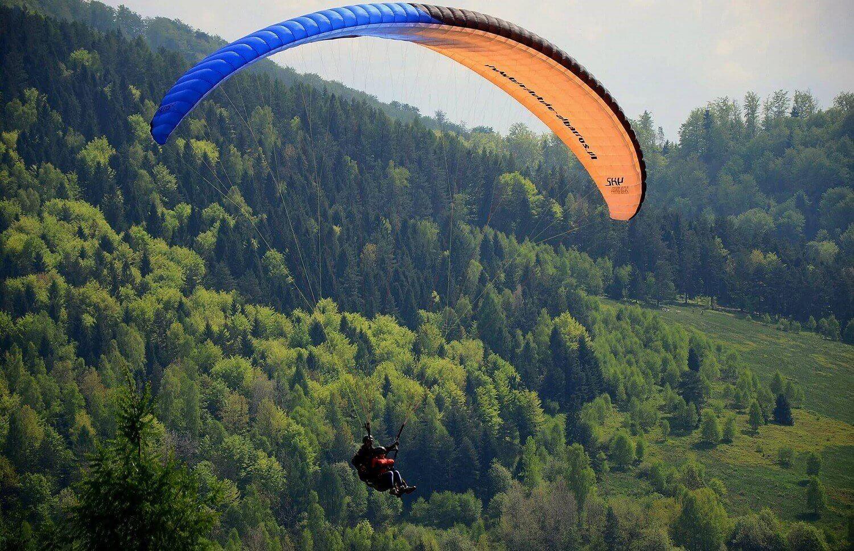 Lot nad Górą Żar