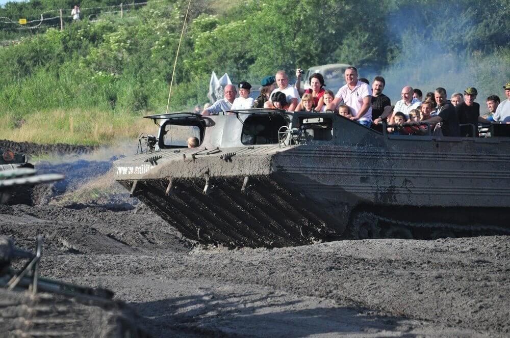 Samodzielna jazda amfibią wojskową