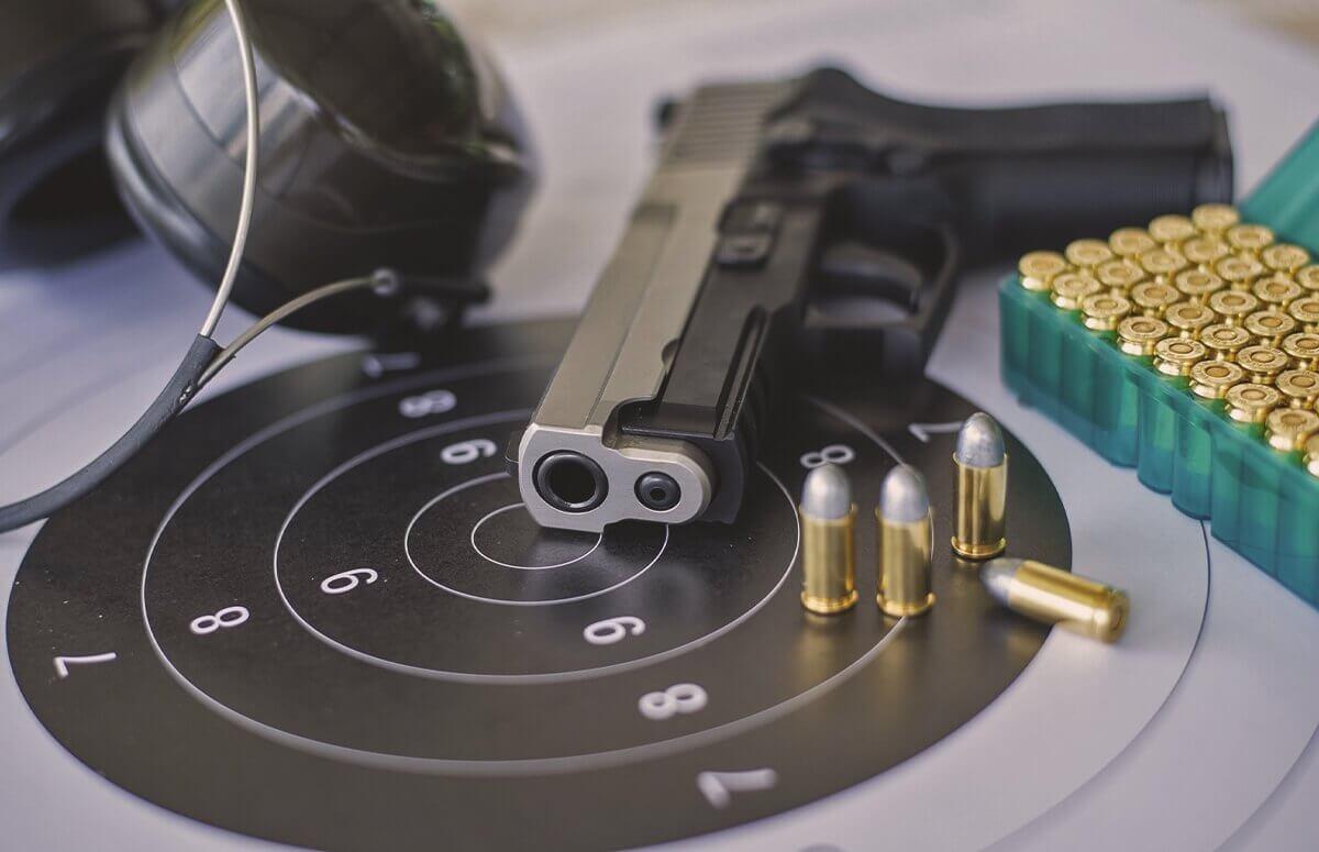 Strzelanie policyjne - Lekcja strzelania w Katowicach