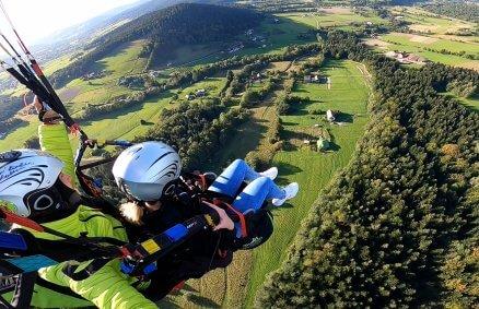Akrobatyczny lot paralotnią dla 2 osób