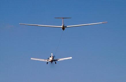 Lot szybowcem - start za samolotem