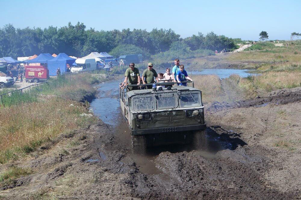 Przejażdżka ciągnikiem artyleryjskim