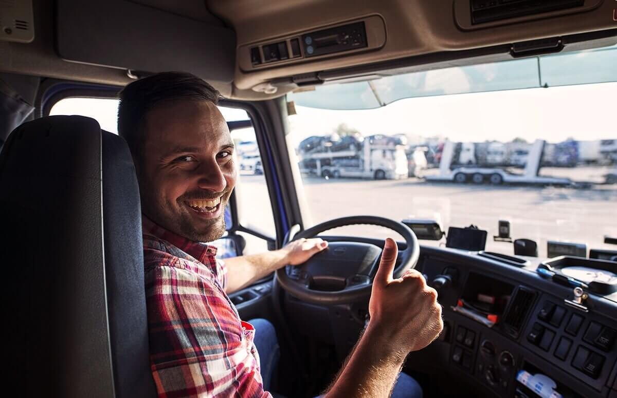 Usiądź za kierownicą TiR-a - Prowadzenie ciężarówki w prezencie