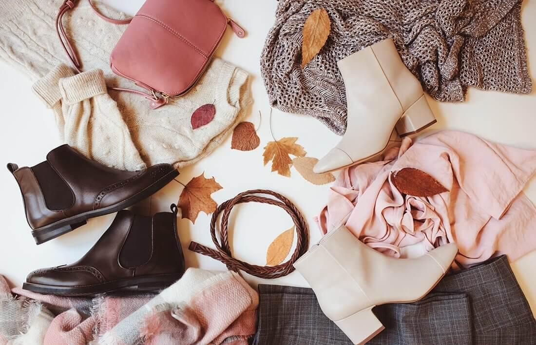 Przegląd garderoby w towarzystwie stylistki