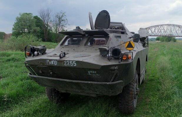 Samodzielne prowadzenie transportera wojskowego