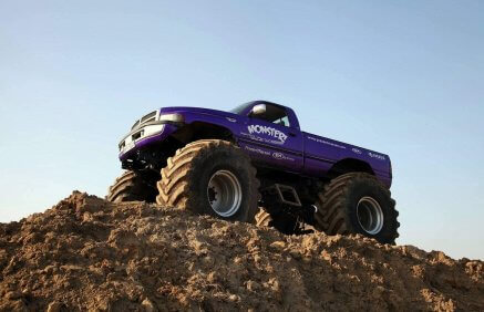 Monster Truck Dodge - potęga mocy