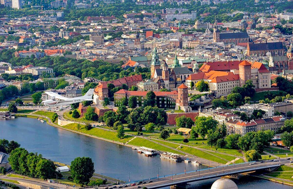 Lot widokowy nad Krakowem - Voucher prezentowy na lot