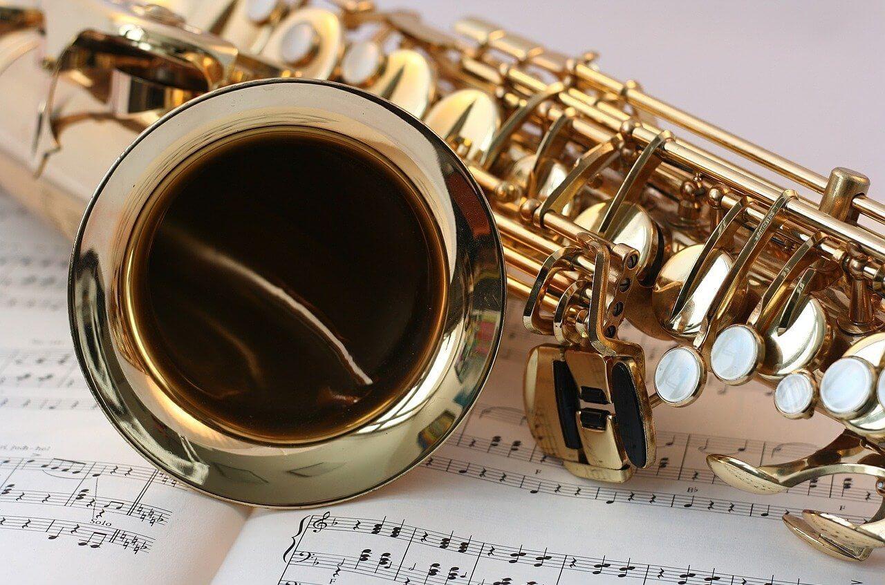 Lekcje gry na saksofonie