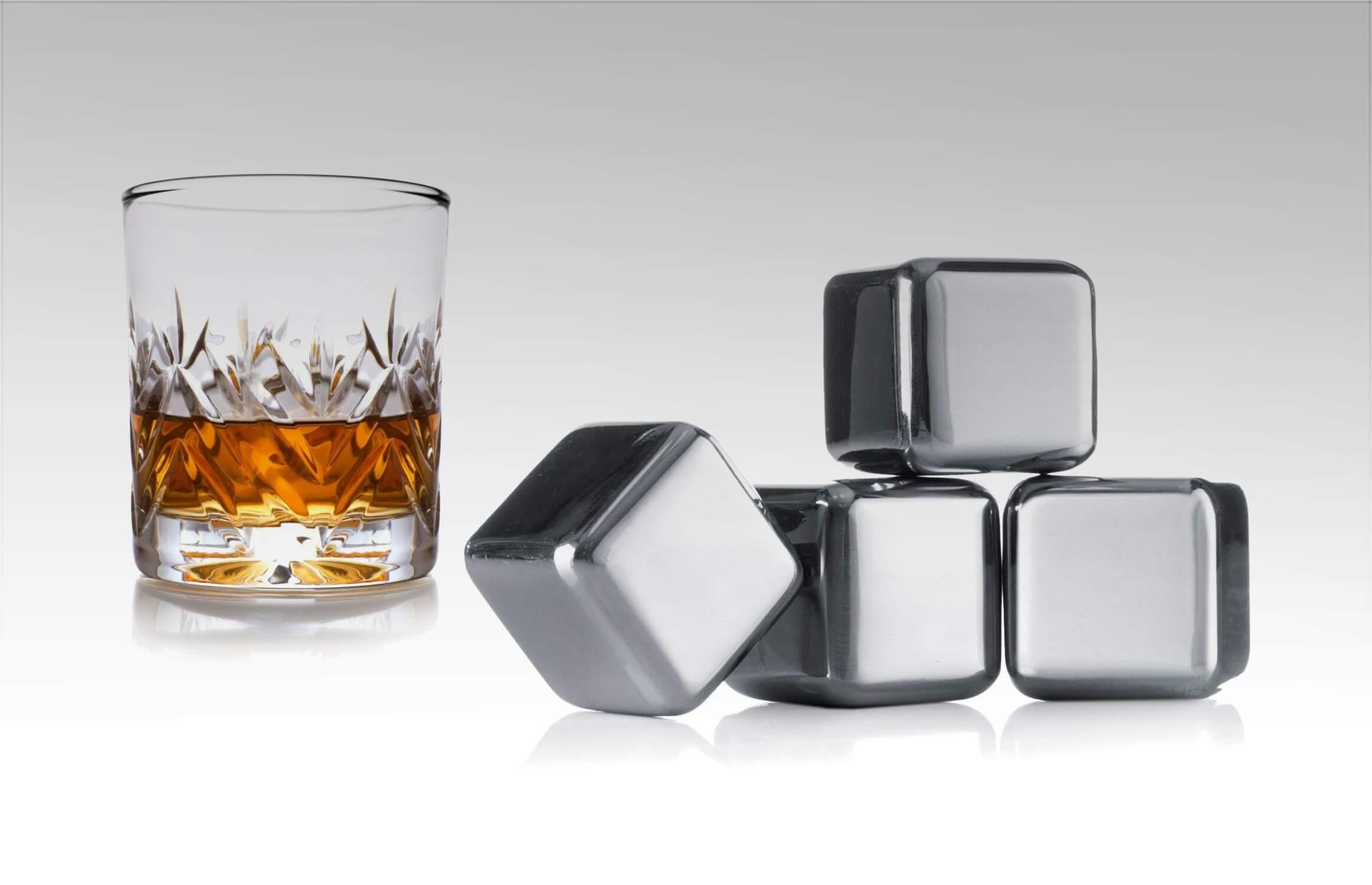 Kostki chłodzące do whisky