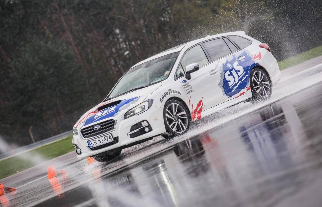 Trening jazdy w Subaru - Tor Kielce