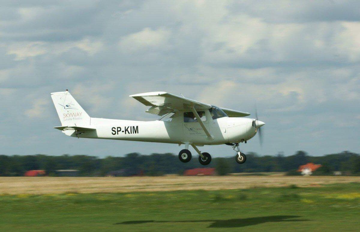 Nauka latania samolotem Cessna we Wrocławiu