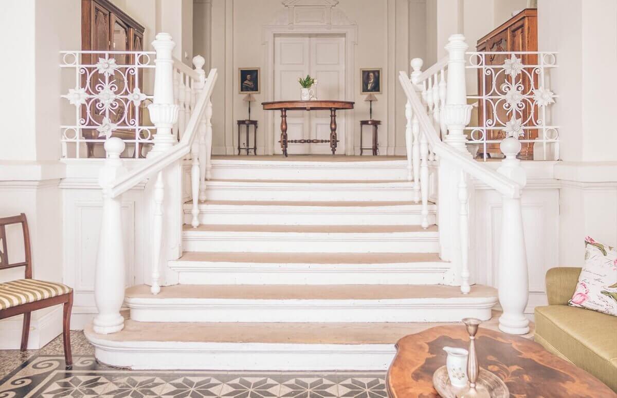 Eleganckie wnętrza Pałacu Osowa Sień