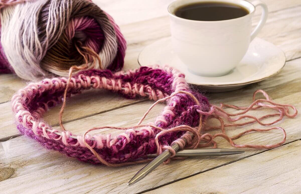 Robienie na drutach - Prezent dla kreatywnych