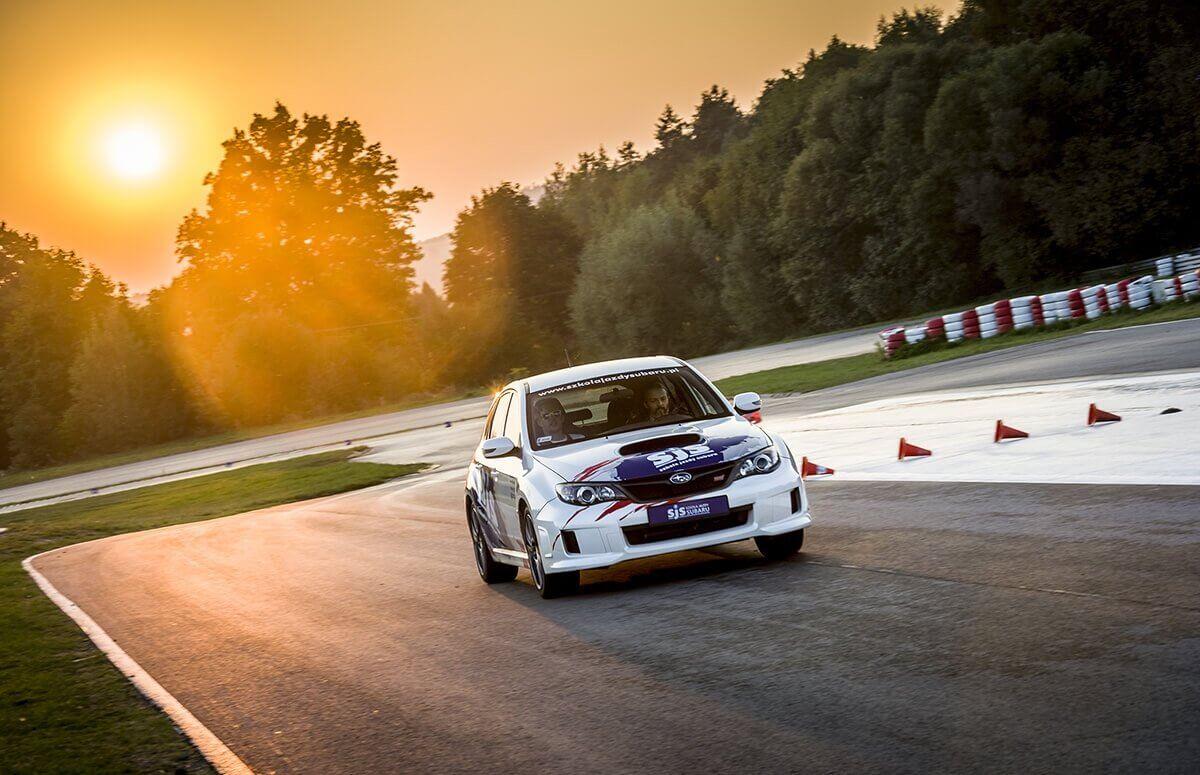 Tor Kielce - jazda rajdowym Subaru Sti