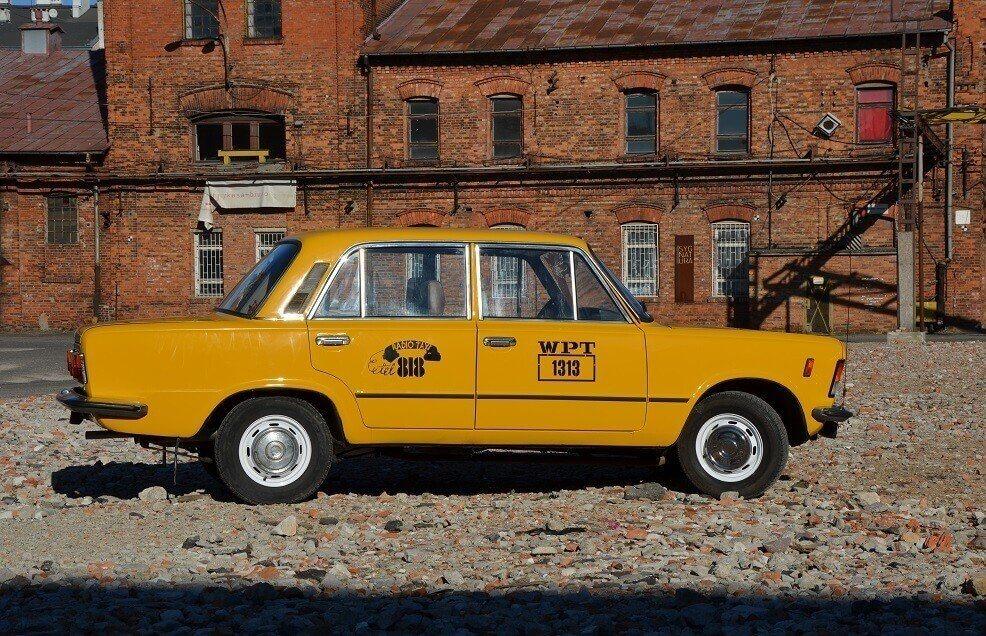 Duży Fiat - zwiedzaj Warszawę