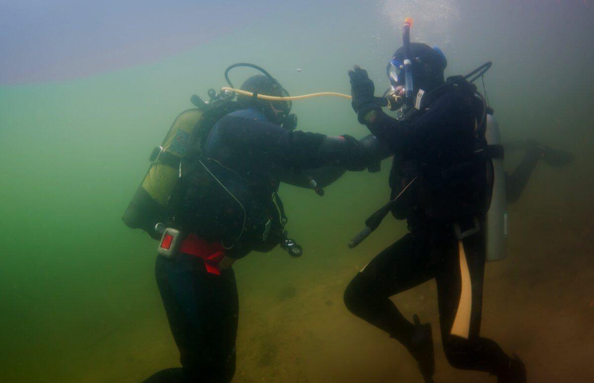 Nauka nurkowania w okolicach Poznania