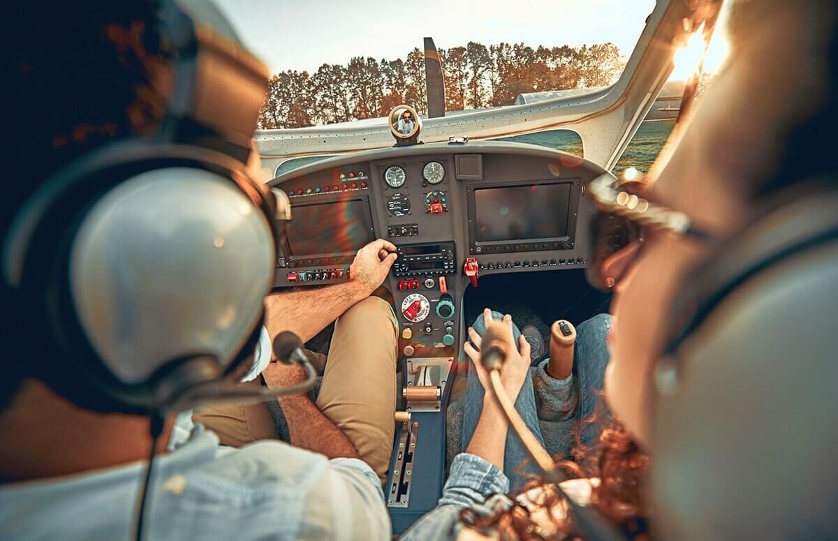 Nauka pilotażu awionetki - szkolenie zapoznawcze z lotem szkoleniowym | Prezent