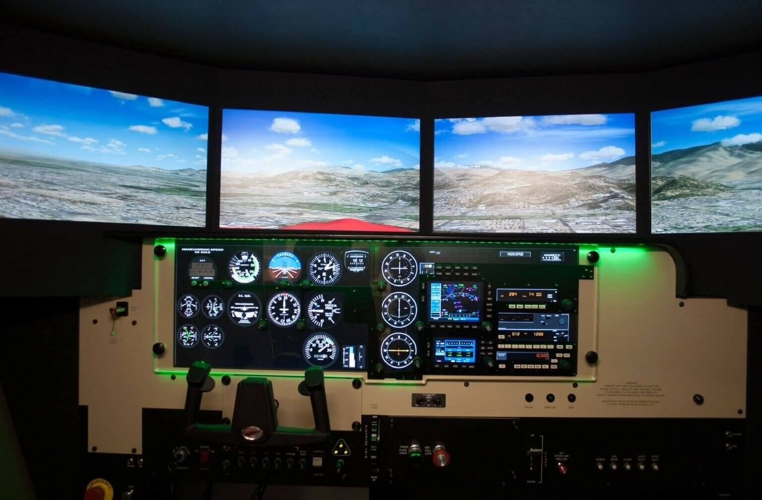 Symulator lotu - wciel się w rolę pilota