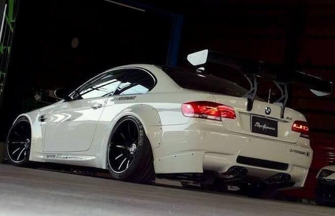 Jazda na torze wyścgowym BMW