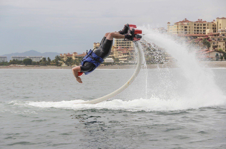 Flyboard - ekstremalny odlot dla Dwojga