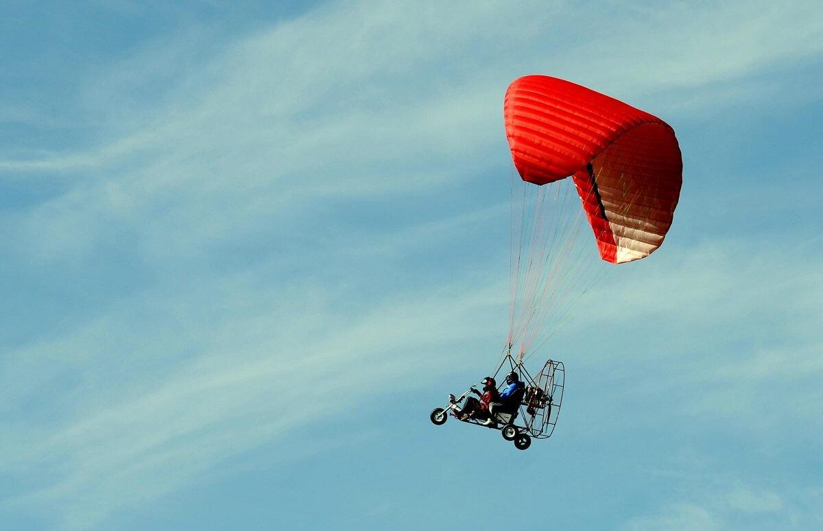 Loty motoparalotnią nad Warszawą